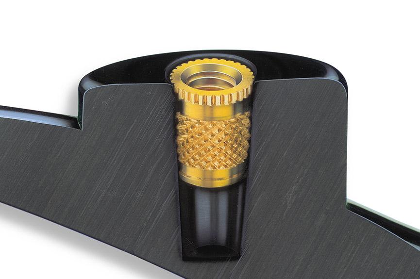 安装后AMTEC® – HITSERT® 2螺纹嵌件,截面图